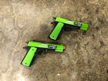 Selling: Airsoft Pistol