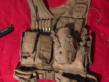 Selling: Army vest