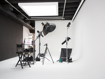 Hourly Spaces: Photography Studio with Cyclorama Wall Rental and Special Events