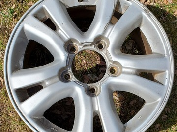Selling: 2004 Lexus LX470 Wheels