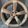 Selling: Audi S8 21 inch OEM Wheels
