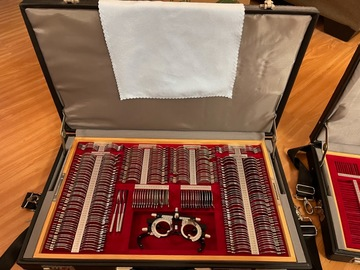 Selling with online payment: S & L optics trial lens set and travel case