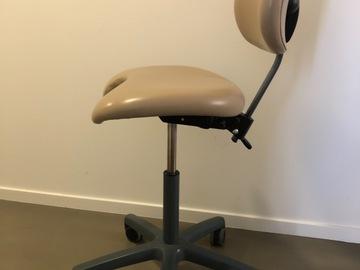 Gebruikte apparatuur: Xo stoelen