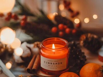 Selling: Aromatherapy Candle