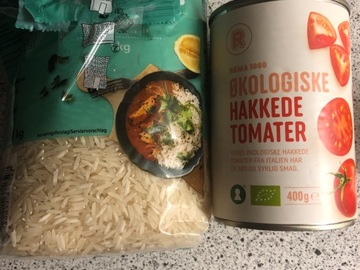 Sell with online payment: Basmati rice + chopped tomatoes