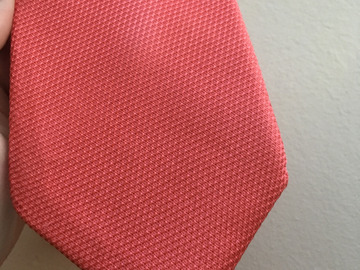 Selling with online payment: Charles Tyrwhitt woven silk tie