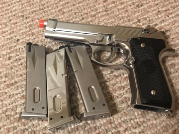 Selling: Tokyo M9 bretta semiauto pistol