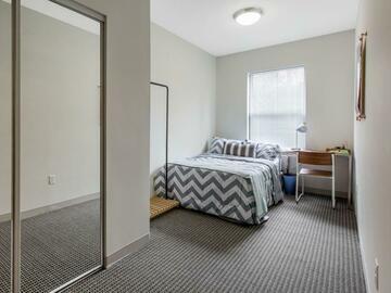 List Your Space: 4 bedrooms in Landmark 4x2