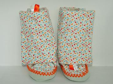 Vente au détail: Des chaussons-bottines - Confetti