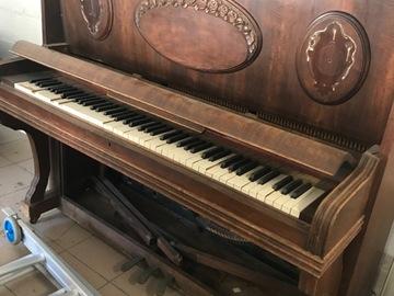 À donner: Piano cassé à donner