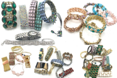 Liquidation/Wholesale Lot: Buy 100 Get 50 Free!! Boutique Bracelets Great Mix & Variety