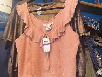 Liquidation/Wholesale Lot: Mix Clothes Women top