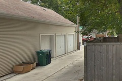 Monthly Rentals (Owner approval required): Oak Park IL, Monthly/Daily covered Spot  Near Village Hall