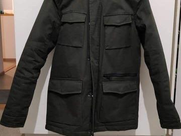 Myydään: Jacket