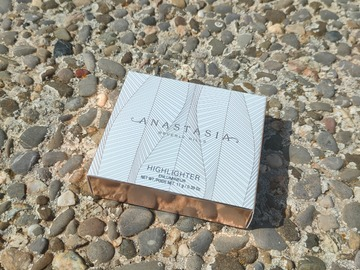Venta: Iced Out de Anastasia Beverly Hills