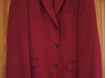 Vente: Veste pour homme en cashemire rouge Hugo BOSS - Neuve -