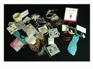 Liquidation/Wholesale Lot: 400 pcs Wholesale Jewelry-- some Sterling Silver!-- $ .24 pcs!