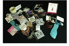 Liquidación / Lote Mayorista: 400 pcs Wholesale Jewelry-- some Sterling Silver!-- $ .24 pcs!