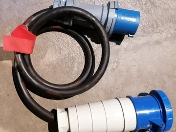 Vermieten: CEE 63 Adapter auf 125 Blaue Stecker