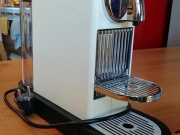 À donner: Machine à café Magimix pour capsules Nespresso