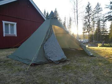 Vuokrataan (päivä): Kotateltta Helsport Nordmarka 6