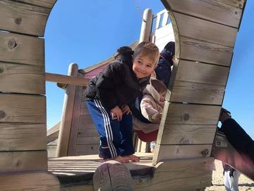 VeeBee Virtual Babysitter: Sasa
