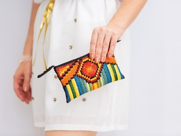 Offering with online payment: How to create unique handmade accessory