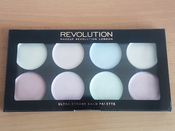Venta: Revolution Ultra Strobe Balm Palette