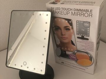 Venta:  Espejo de Maquillaje (24 LED), Color Negro