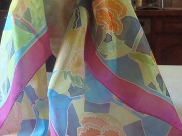 Vente au détail: foulard fait main