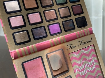 Venta: Too faced favourite thins