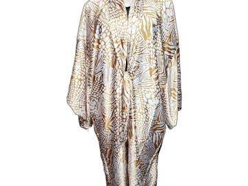 Selling with online payment: Plus Size Animal Print Kimono
