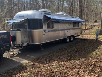 For Sale: SOLD: 2008 Classic Limited Airstream King Bed