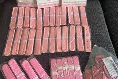 Ilmoitus: Pom pomeja, vaaleanpunaisia, yht. 47kpl