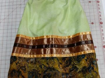 Selling with online payment: Ribbon Skirt GrHorses Small