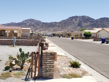 Book Your Stay: Residential Area RV lot - 1 space