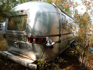 For Sale: 1975 Airstream Sovereign Land Yacht  31 ft.