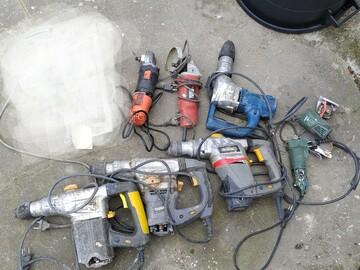 Faire offre: Outils électriques multiples en panne