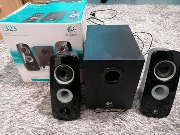 Myydään: Logitec z323 speaker
