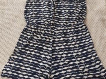 Selling without online payment: Blue and white casual playsuit