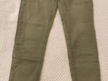 Selling without online payment: Khaki fitted trousers