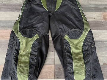 Selling with online payment: Proto paintball pants.