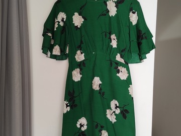 Selling with online payment: Floral Dress with tags