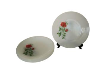 Vente: 4 Assiettes Plates Arcopal Roses Rouges