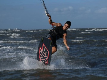 Weekly Rate: Kite Surfing Gear - Don't lose your touch while on holidays