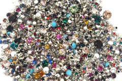 Liquidation/Wholesale Lot: 1,000 pieces Vintage Swarovski Stone Lot mixed 1mm- 6 mm Mixed Co