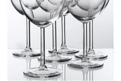 Ilmoitus: Ostetaan viinilaseja SVALKA ikea