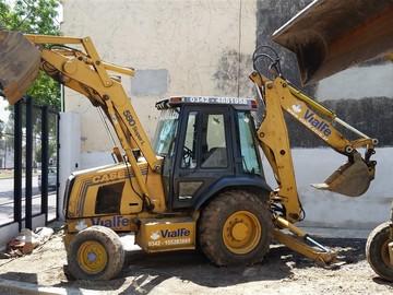En alquiler: CASE 580 SUPER L - BRAZO EXTENSIBLE