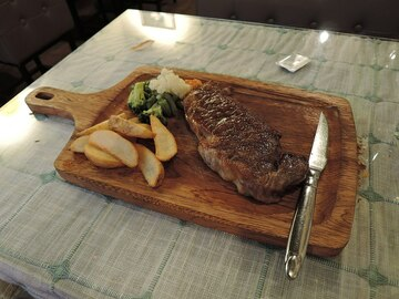 Selling Without Online Payment: Premium Angus Beef