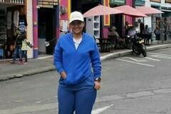 VeeBee Virtual Babysitter: Niñera Joven Colombiana